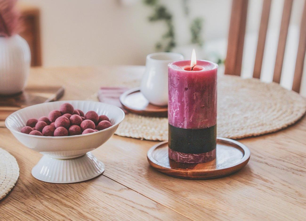 Mit Kerzen die Küche gemütlich dekorieren
